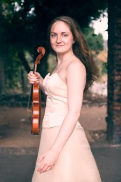 Linn Therese Gustavsen_Elisabeth_nr_01